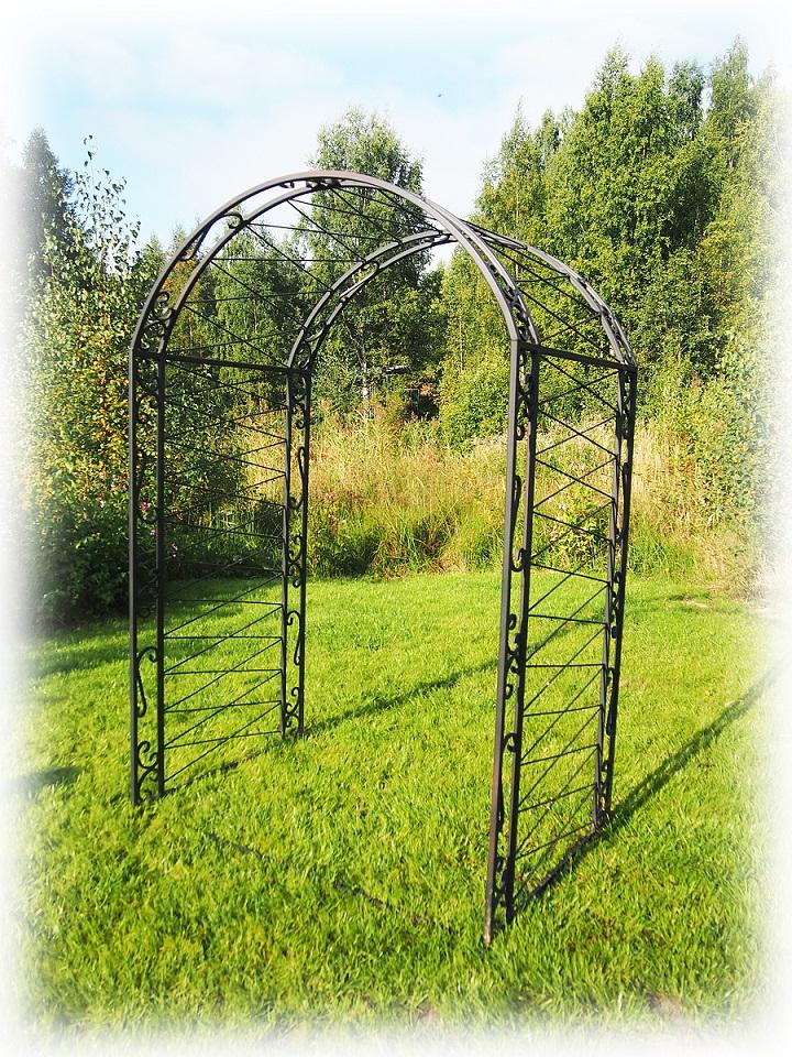 Садовые арки своими руками: Инструкция по постройке, фото и